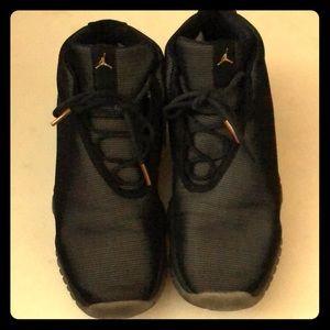 Jordan shoes big boy size5